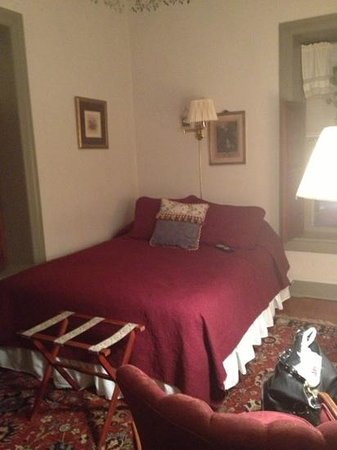 The Stagecoach Inn Bed and Breakfast: Room #1