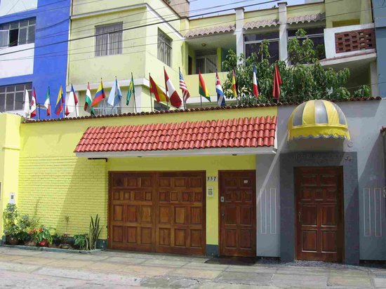 Hostal Residencial Los Andes: Front