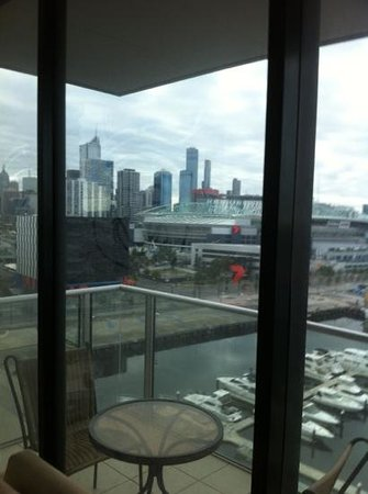Docklands Prestige Apartments Melbourne: looks closely youll see smilie face