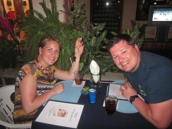Blake's Restaurant: My hubby and I enjoying their outdoor dining