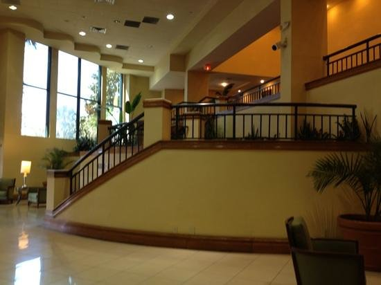 Savannah Marriott Riverfront: main level entrance, lobby on second floor