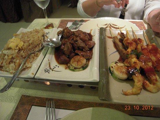 Asia Restaurant : Very, very good food, upea annoksemme
