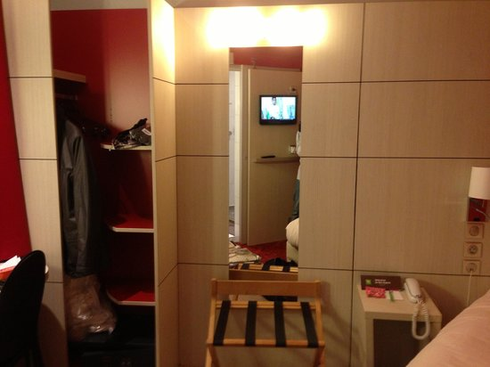 Ibis Styles Hotel Paris Gare du Nord TGV: A single room