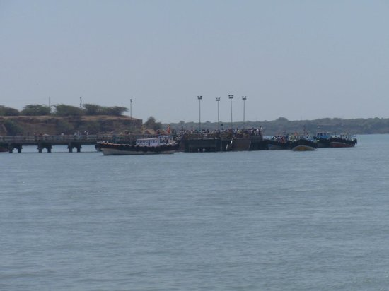 Jamnagar, Inde : Ferry point on bet dwarka side