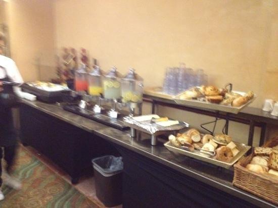 Hollywood Hotel: el desayuno!!