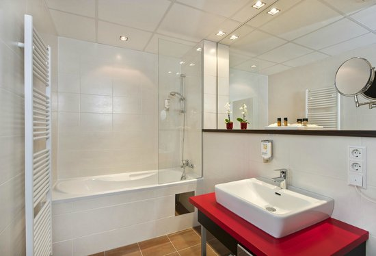 Best Western Plus Amedia Graz: Bathroom Standard