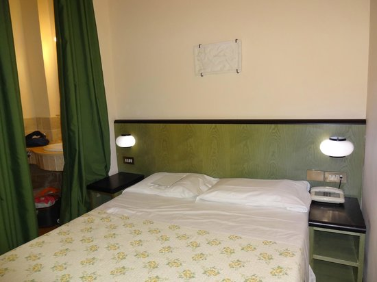 Hotel Prati: The Room