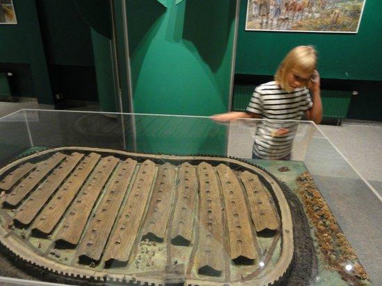Muzeum Archeologiczne w Biskupinie: Makieta grodu