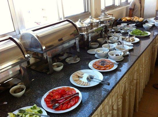 King Town Hotel : Breakfast buffet