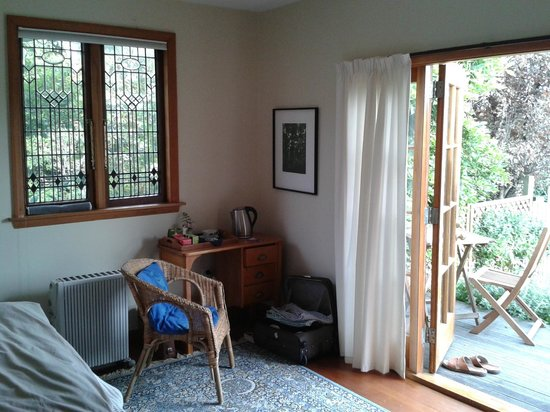 Featherstone B&B: Bedroom