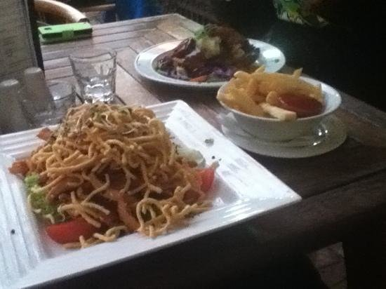 The Last Post Pub Restaurant: Huge meals but I felt they went over the top on the crispy noodles on my meal