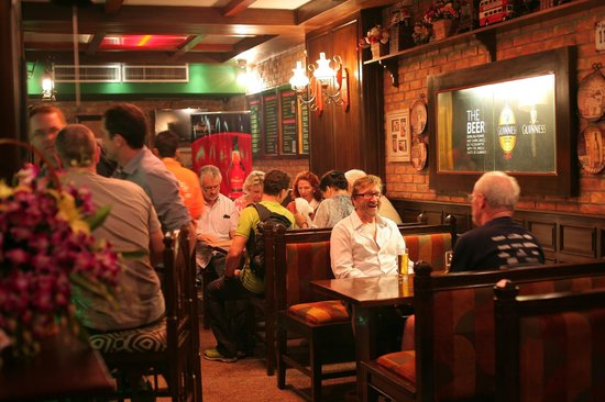 Uncle Joe's Irish Pub