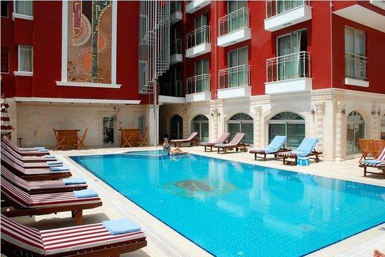 Bilem High Class Hotel: OUTDOR POOL