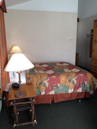 Pyramid Lake Resort : bedroom