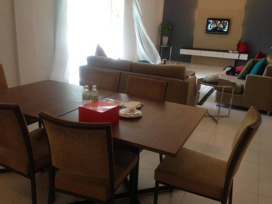 Century Langkasuka Resort: Dinner table from their eatery for VIP Suite