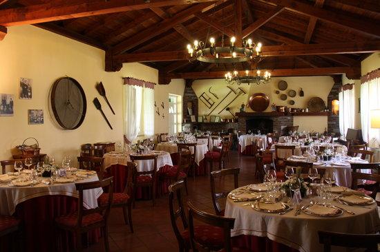 Tenuta Molino Taverna: la sala
