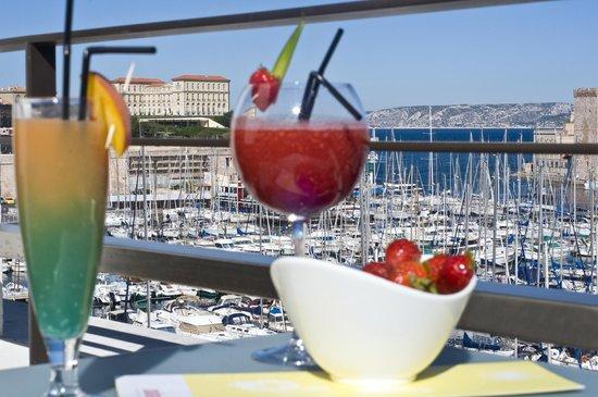 Radisson Blu Hotel, Marseille Vieux Port : Suite's view