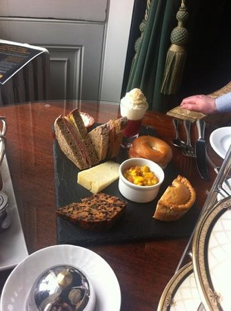 Wynyard Hall: Gentleman's afternoon tea