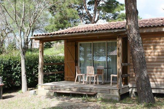 Camping municipal Castelsec: chalet bois