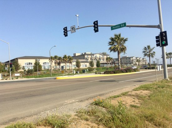 Cape Rey Carlsbad, a Hilton Resort: View of the hotel from the beach access