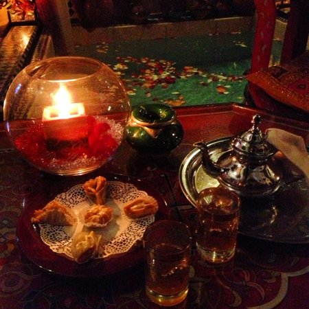 Riad Tamarrakecht: Tea & sweets at arrival