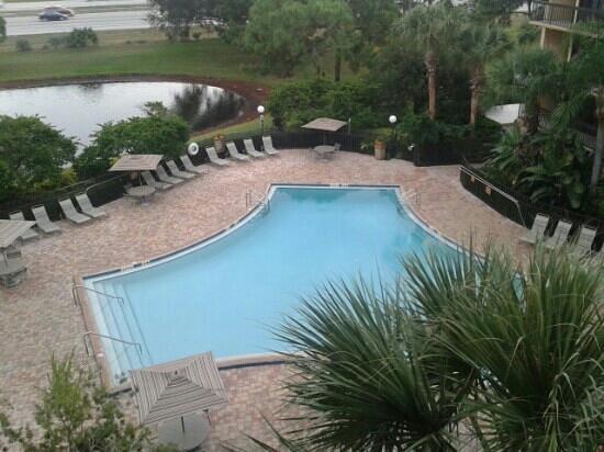 Clarion Inn Lake Buena Vista: pool