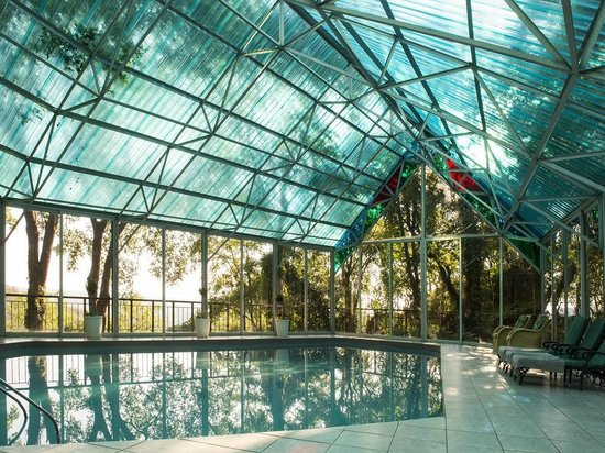 Hoogland Health Hydro : Heated Pool