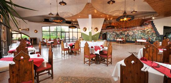 Helnan Taba Hotel : Inside Main Restaurant