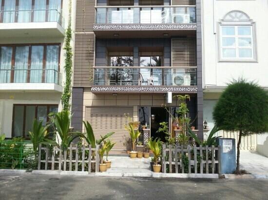 Palm View Tourist Guest House : Собственно сам отель.