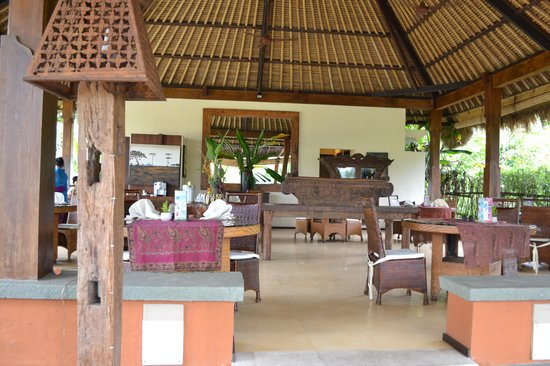 Nandini Jungle Resort & Spa: The Restaurant