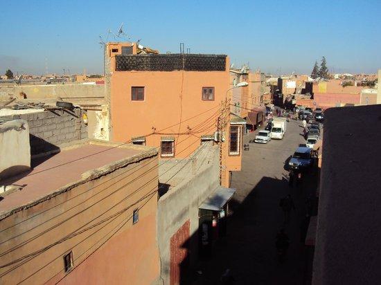 Ryad Laarouss: Vu de la terrasse et de la chambre