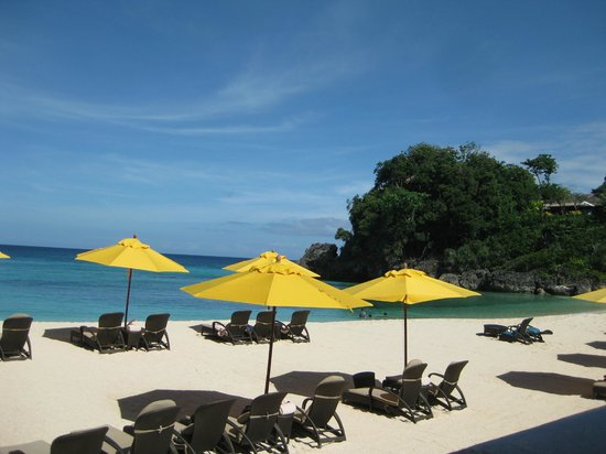 Shangri-La's Boracay Resort & Spa: Private beach