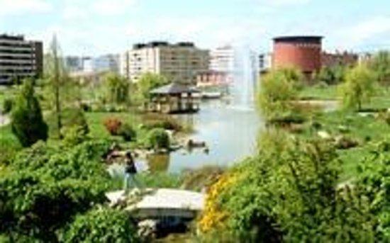 Hostal Abodi: Parque de Yamaguchi, al lado del Hostal