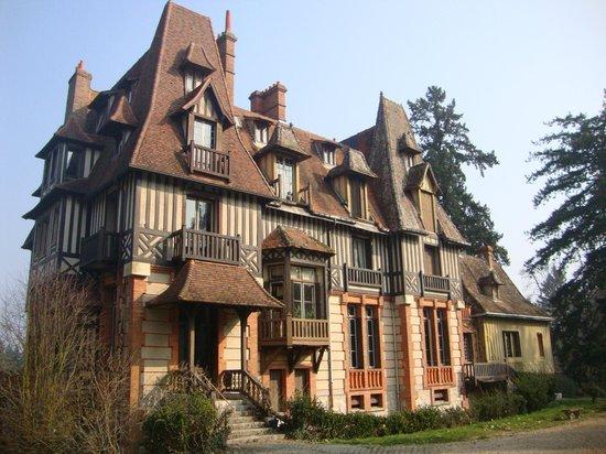 Chateau Mont Suzey