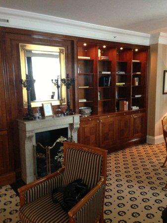 Bathroom Club Level Room Picture Of The Ritz Carlton Berlin