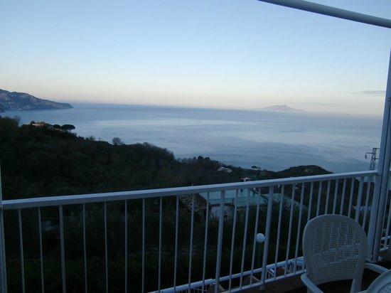 Residence Gocce di Capri: Desde la habitacion