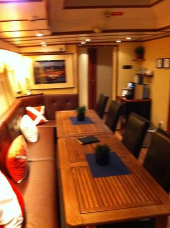 M/S Monika: eating area