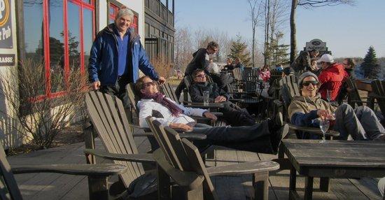 Profitons du soleil sur la Terrasse du Burger Pub