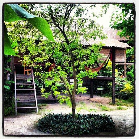 comfy garden bungalow picture of castaway resort koh lipe ko lipe tripadvisor. Black Bedroom Furniture Sets. Home Design Ideas