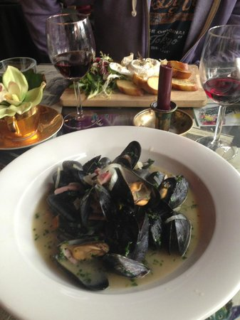 Mussels and a baked camembert at Rhubarb