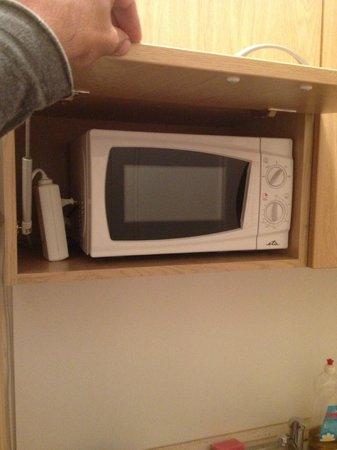 Apartment Historical Centre: microwave