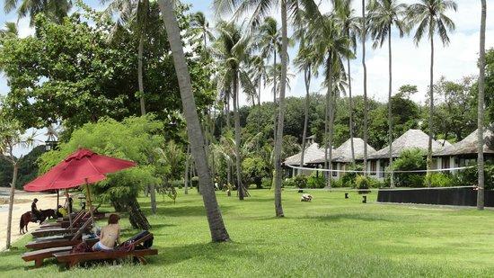 The Vijitt Resort Phuket: Grounds