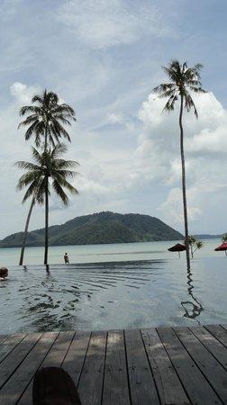 The Vijitt Resort Phuket: Pool