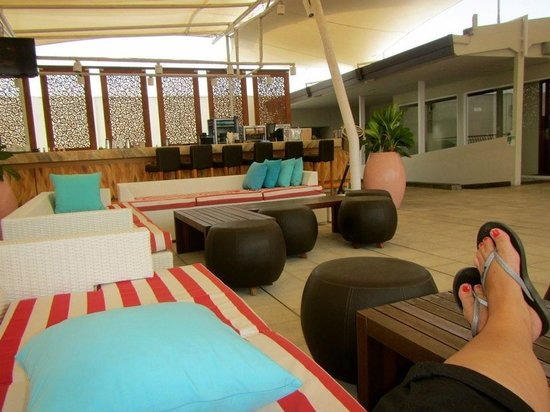 The ONE Legian: Rooftop bar