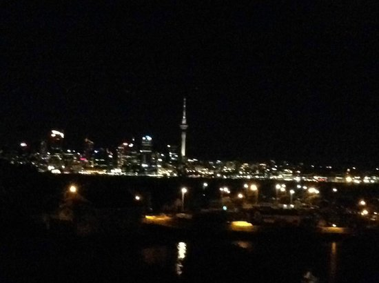 VR Takapuna: View of the Auckland skyline from the Bar