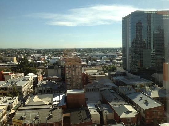 Rydges Perth: view from 14th floor looking north