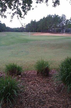 Highlands Reserve Golf Resort: the 18 th green highlands reserve golf club