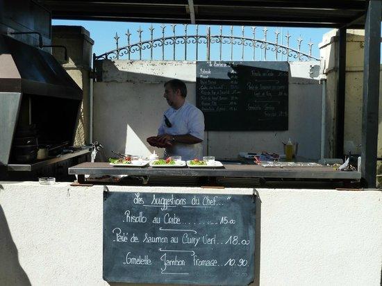 Brasserie Les Touristes : Grill du Restaurant
