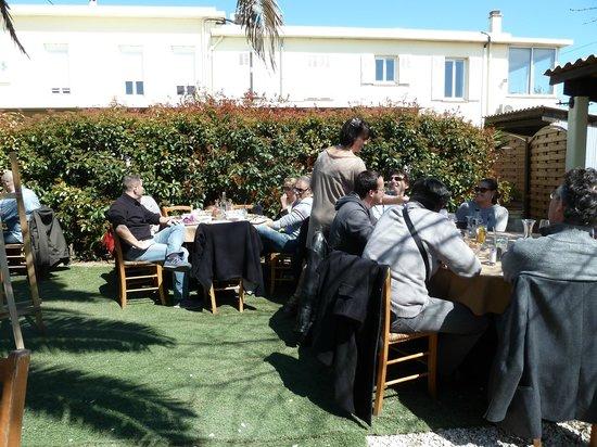 Brasserie Les Touristes : Jardin du Restaurant