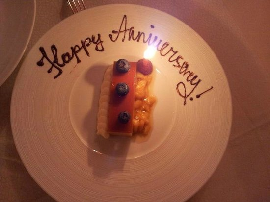 Bouley Restaurant: Additional course - egg custard tart - tasteless with a plastic texture